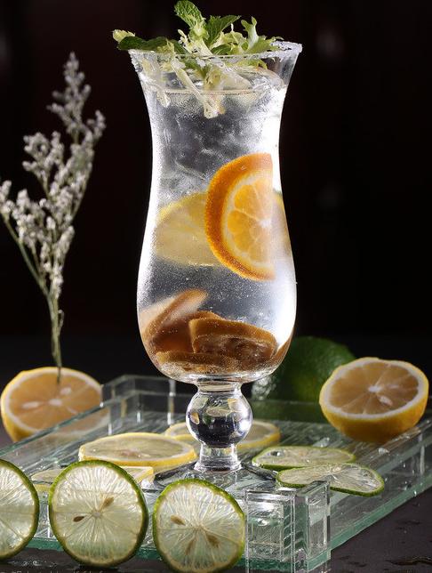 气泡水与苏打水、碳酸饮料的区别在哪里?