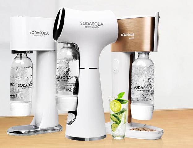 """想喝汽水但又拒绝碳酸饮料?新的选择""""SODASODA气泡水机"""""""